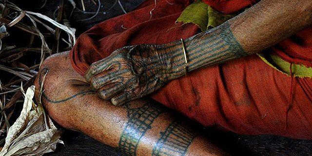 Od Łowców Głów do Szamanów, tajemnicze życie plemion dalekiej Azji