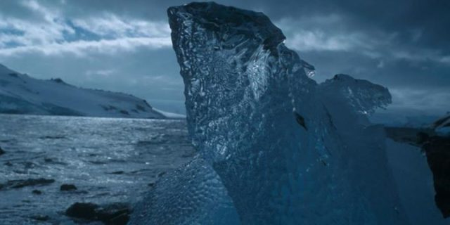 """Antarktyka, czyli z wizyta w Raju – Mikołaj Golachowski – prelekcja i promocja książki """"Czochrałem antarktycznego słonia"""""""