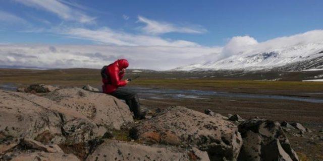 14 duchów samotnej podróży przez Islandię